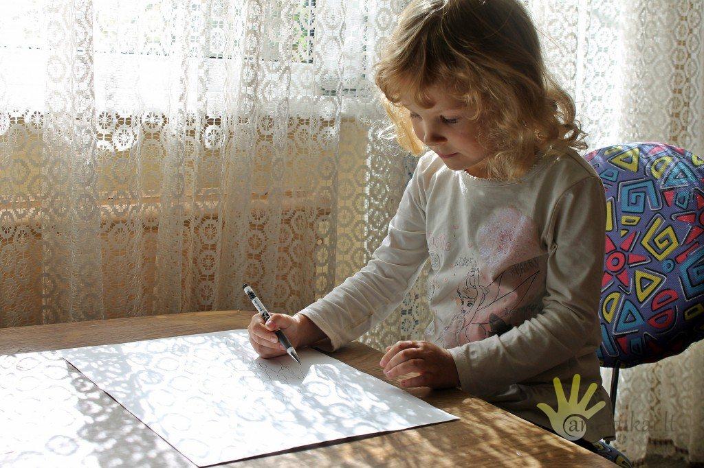 saules_ornamentai_piesia_vaikai1